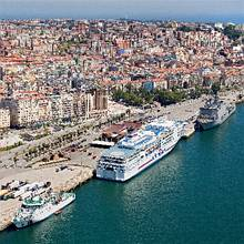 Image depicting Pont Aven docked in Santander